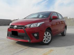 Toyota Yaris 1.5 5p S Mt 2017 Rojo