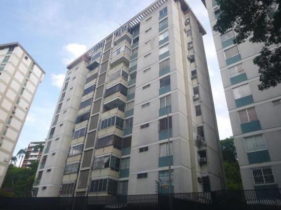 Cr Apartamentos En Alquiler. Urb Chuao Mls 20-13325