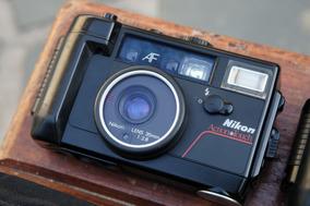 Câmera Nikon L35aw Preto E Vermelho