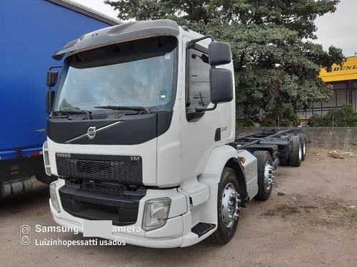 Imagem 1 de 15 de Caminhão Volvo Vm 330 8x2 4 Eixos Motor Feito Ano 2014