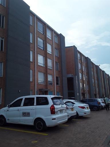 Apartamento En Venta Parque De Castilla 639-401