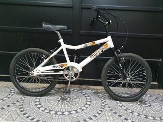Bicicleta R16