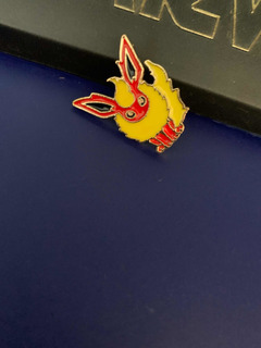 Flareon Pin Pokemon Prendedor Metalico Coleccionable
