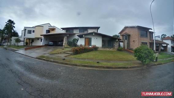Casa En Venta Villas Laguna Club Gliomar R. Cod. 19-11159