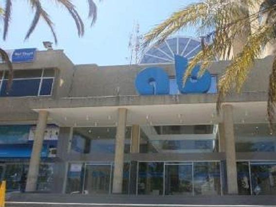 Oficina En El Centro Comercial Ab