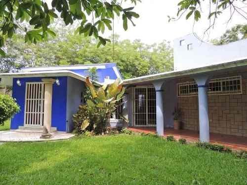 Casa Sola En Venta Colonia Miguel Hidalgo