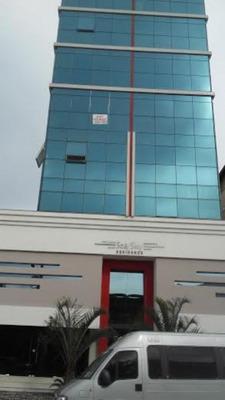 Apartamento Em Porto Belo Bairro Perequê, De Frente Para O Mar, Vista Incrivel Contendo, Uma Suite + Duas Demi-suites, Home Office, Lavanderia, Liwing Com Amplos Espaços Integrados ,churrasquei