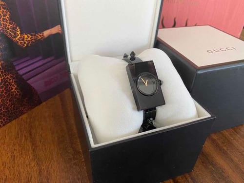 Relógio Preto Spikes - Gucci