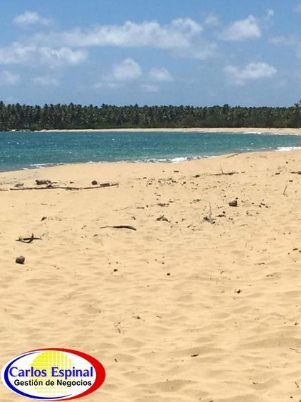 Terreno Con Playa En Venta En Miches, República Dominicana