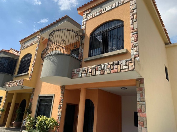 Town House Piedra Pintada 04144056291