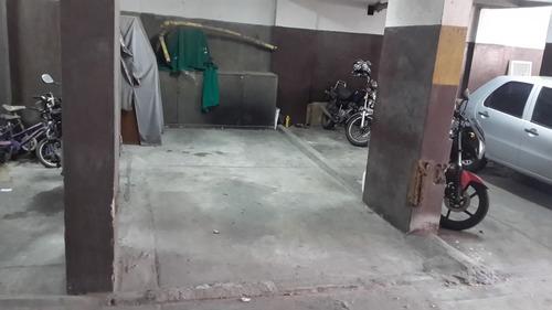 Imagen 1 de 4 de Oportunidad! Dueño Directo Vende Cochera Fija Y Techada