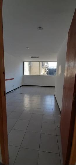 Oficina En Alquiler En La Candelaria 04142262821 Mes