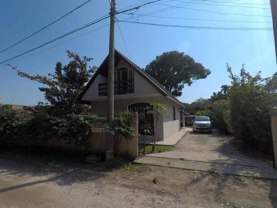 Linda Casa Com Amplo Terreno De 450 M² ! - Ca0608
