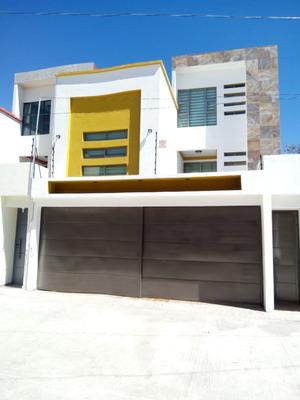 Casa Amplia De 3 Habitaciones