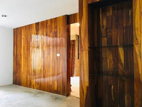 Hermosa Y Recién Remodelada Casa Con Jardín