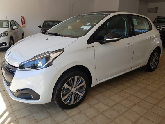 Peugeot 208 In Concert- Blanco- Año 2020- 0 Km