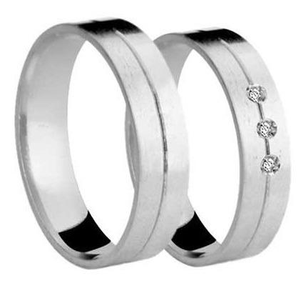 Par De Alianças De Casamento Noivado Ouro Branco 18k 750 Chata 8g 4mm Friso Central + 3 Brilhantes 0049