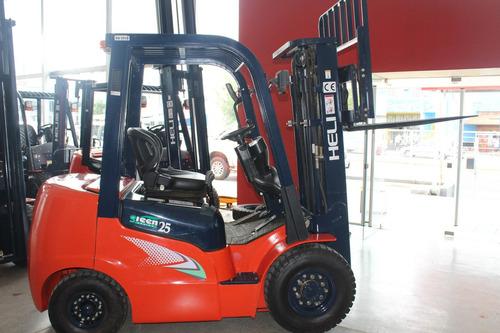 Autoelevador Heli 2500 Kg Okm Motor Isuzu Diesel Green
