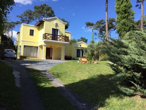 Casa En Punta Del Este, Cantegril | Rebeca Negocios Inmobiliarios Ref:9674- Ref: 9674