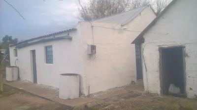 Casa De 4 Piezas Y Un Galpon
