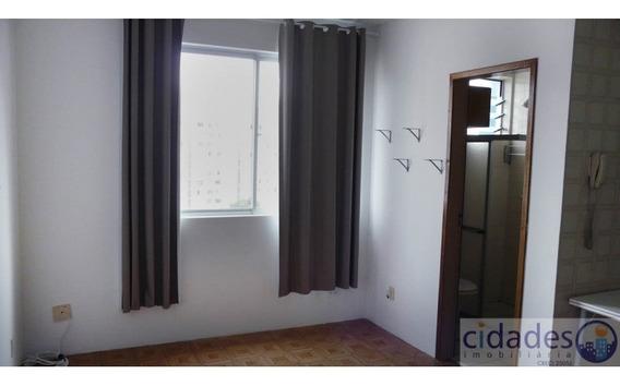 Apartamento No Bairro Centro Em Florianópolis - Lace184