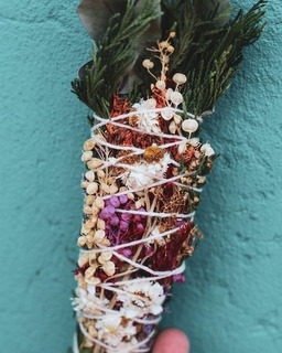 Sahumo Sagrada Madre 10 Hierbas + Sahumo Multi Y Flores