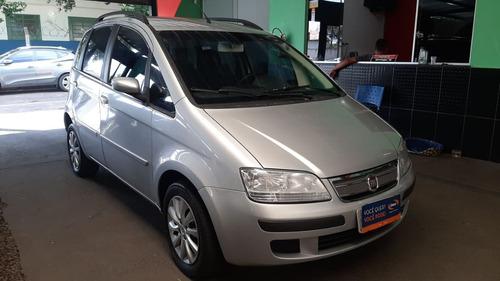 Fiat Idea Adventure 1.8 Prata 2010