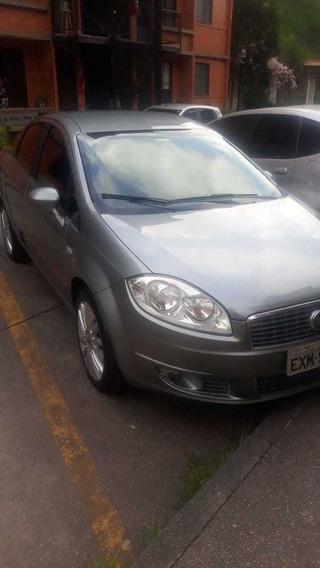 Fiat Linea 1.8 16v Absolute Flex Dualogic 4p 2013