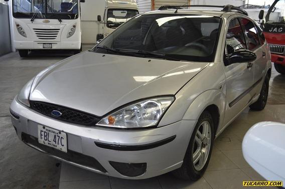 Ford Focus .