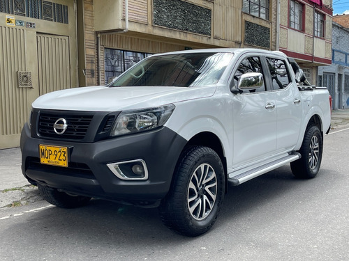 Nissan Frontier Np300 4x2 2500icc Mt Dh Fe