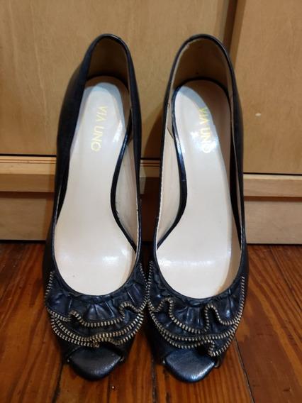 Zapatos Boca De Pez Con Detalle En Cierre Via Uno