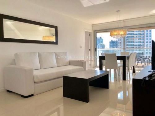 Departamento En Venta En Edificio Premium Con Todos Los Servicios 2 Dormitorios-ref:286