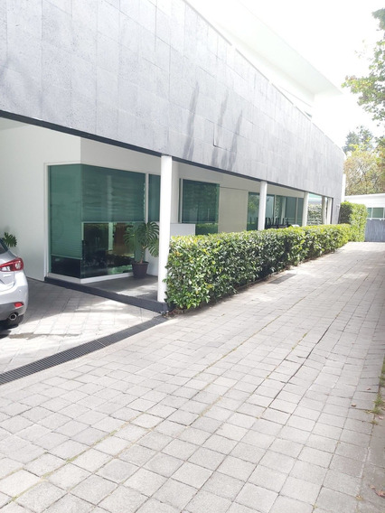 Linda Casa En Venta Condominio En Vistahermosa.