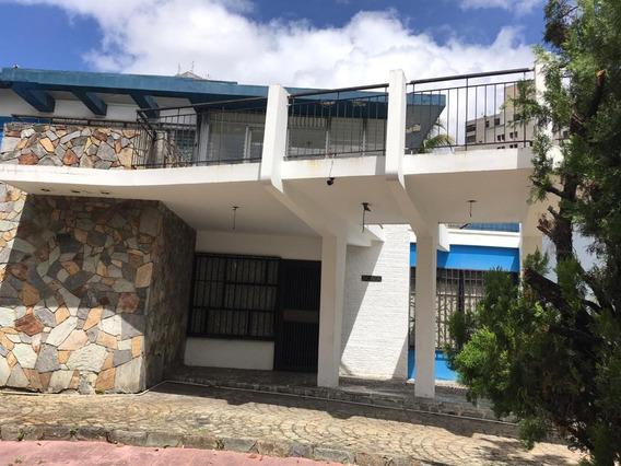 Venta Casa 724m2 Terreno, 6h+s/5b+s/7p Bello Campo