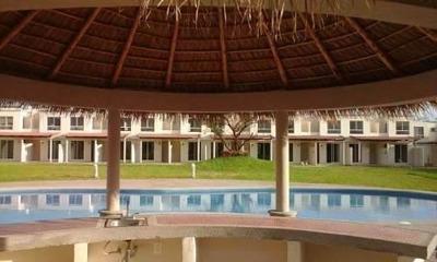 Casa En Venta Con Alberca, Seg,2 Rec, 2 Baños, Descuen 35000
