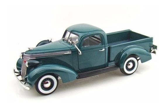 1937 Studebaker Coupe Express Pickup Verde - 1:18 - Yat Ming