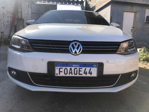Volkswagen Jetta 2013 2.0 Tsi Highline 4p 211 Hp