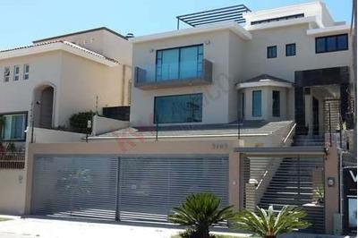 Hermosa Residencia En Venta - Bugambilias 2da Sección
