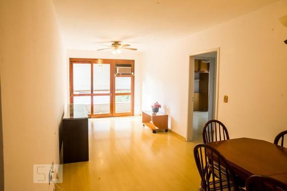 Apartamento No 3º Andar Mobiliado Com 2 Dormitórios E 1 Garagem - Id: 892947036 - 247036