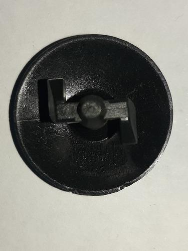 Imagem 1 de 8 de Bujao Grampo Fixação Forro Inferior Painel Gm Astra,vectra