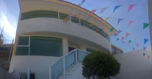 Zv1243-venta De Hermosa Casa En La 6ta Sección De Lomas Verdes.