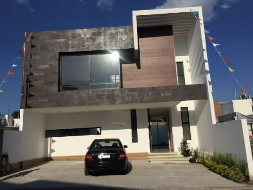 Clm/ Preciosa Casa Nueva En El Refugio