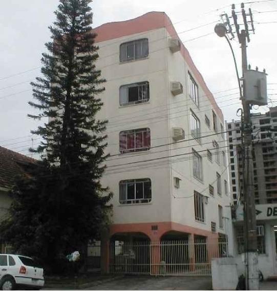 Apartamento - Centro - L00771