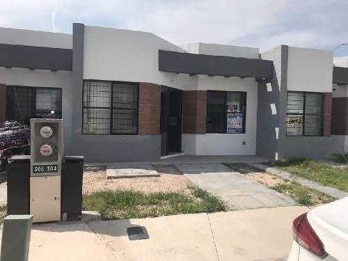 Casa En Condominio En Renta En Los Lagos, San Luis Potosí, San Luis Potosí