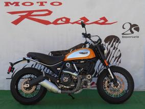 Ducati Scrambler Classic 800 Seminueva