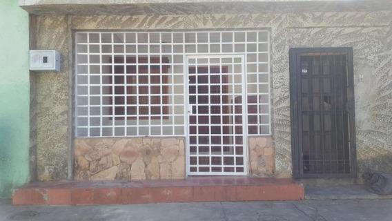 Rentahouse Lara Vende Apartamento 20-10751