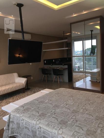 Apartamento No 7º Andar Mobiliado Com 1 Dormitório E 1 Garagem - Id: 892940167 - 240167
