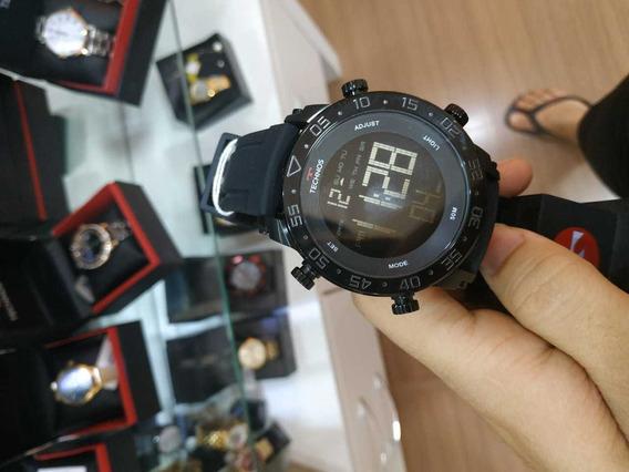 Relógio Technos Masculino Digital Redondo Preto