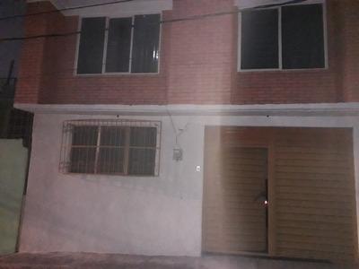 Casa De 3 Recámaras Y 2 Baños