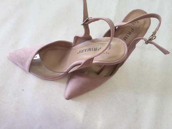 Zapatos Con Transparencia En Tono Nut Muy Moderno
